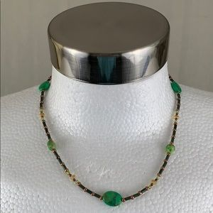 VINTAGE 1970'S GREEN BROWN BEADED NECKLACE